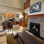 Staybridge Suites Raleigh-Durham Airportの写真
