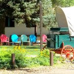 photo op chairs and covered wagon