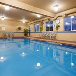 Photo of Holiday Inn Express Suites Gananoque