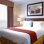 Photo de Holiday Inn Express Hotel & Suites Drayton