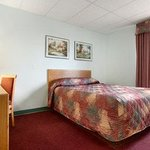 Super 8 Motel - Kindersley