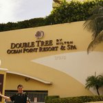 Foto di Doubletree by Hilton Ocean Point Resort & Spa - North Miami Beach