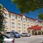 Photo of Microtel Inn & Suites by Wyndham Sto Tomas Batangas