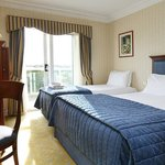 BEST WESTERN PLUS Windmill Village Hotel Golf & Leisure Clubの写真