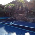 Photo de Wina Holiday Villa Hotel