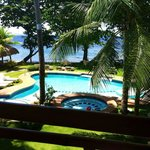 Photo de Mike's Dauin Beach Resort