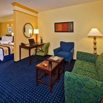 SpringHill Suites Richmond Northwestの写真