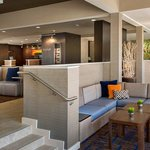 Courtyard by Marriott Dallas Addison/Midway Foto
