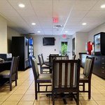 Photo de Microtel Inn & Suites by Wyndham Hoover/Birmingham