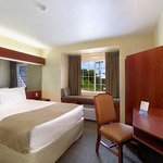 Microtel Inn & Suites by Wyndham Morgantownの写真