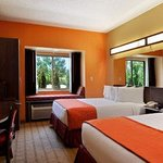 Microtel Inn & Suites by Wyndham Verona Foto