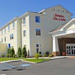 Photo of Hampton Inn & Suites Mystic