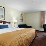 Baymont Inn & Suites Louisville South I 65 Foto