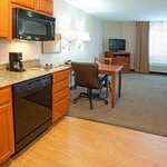 Photo de Candlewood Suites Aurora - Naperville