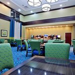 Photo of Holiday Inn Express Hotel & Suites Akron South (Airport Area)