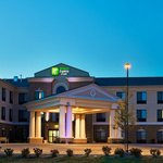 Foto van Holiday Inn Express Hotel & Suites Morris