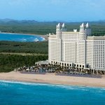 Photo of Hotel Riu Emerald Bay