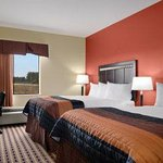 Foto di Baymont Inn & Suites - Sulphur (West Lake Charles)