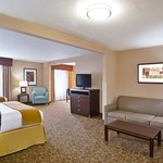 Photo de Holiday Inn Express Van Wert