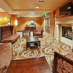ภาพถ่ายของ Holiday Inn Express Hotel & Suites Sacramento NE Cal Expo