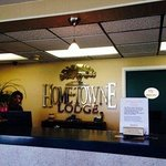 Home-Towne Lodge Omaha resmi