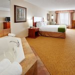 Holiday Inn Express Hotel & Suites Clarington - Bowmanville resmi