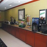 Photo de La Quinta Inn & Suites Dallas - Hutchins