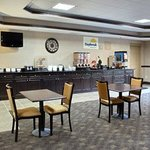 Foto de Days Inn And Suites Jeffersonville