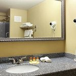 Days Inn And Suites Jeffersonvilleの写真