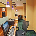 Fairfield Inn & Suites Tulsa Southeast/Crossroads Villageの写真