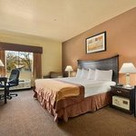 Baymont Inn & Suites Decatur