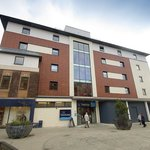 Travelodge Horsham Central Hotel resmi