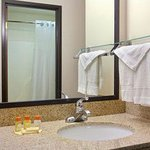 Foto Days Inn & Suites Upper Sandusky