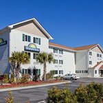 Photo de Days Inn Darien