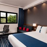 Photo de Holiday Inn Express Marseille-Provence Airport