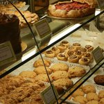 Photo de Gayle's Bakery & Rosticceria