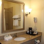 Photo de Holiday Inn Express Niles
