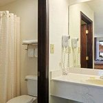 Days Inn Oneonta, Al의 사진