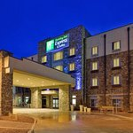 Photo de Holiday Inn Express & Suites Gallup East