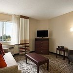 Foto di Hawthorn Suites by Wyndham Detroit Farmington Hills