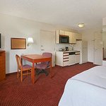 Foto di Days Inn and Suites Green Bay