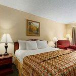Foto de Baymont Inn & Suites Greenville/At I-65