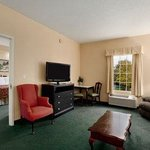 Baymont Inn & Suites Daytona Beach / Ormond Beach Foto