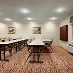 Baymont Inn & Suites Louisville Airport South resmi