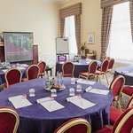 Photo de Crowne Plaza Edinburgh - The Roxburghe