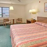 Photo de Travelodge Longmont