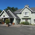 Foto Baechtel Creek Inn & Spa, An Ascend Collection
