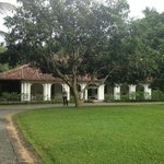The Kandy House resmi