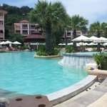 Photo de Centara Grand Beach Resort Phuket