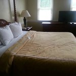 Clarion Inn King Suite